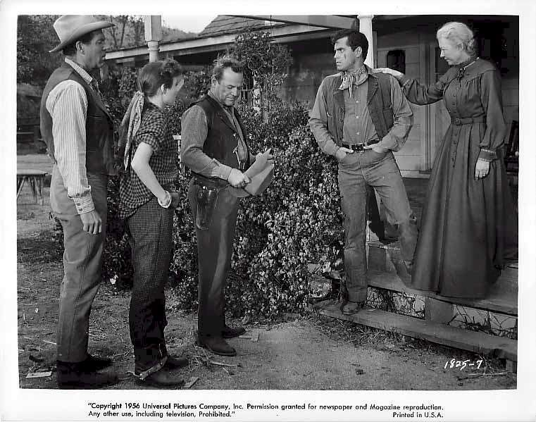 Gun for a Coward  Jeffrey Hunter  Janice Rule  Fred MacMurray  Josephine Hutchinson