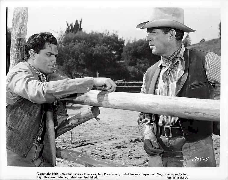 Gun for a Coward  Jeffrey Hunter   Fred MacMurray
