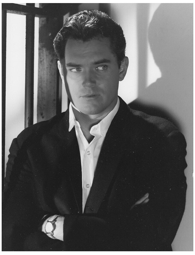 Jeffrey Hunter  Bob Hope  Chrysler Theater  Seven Miles of Bad Road