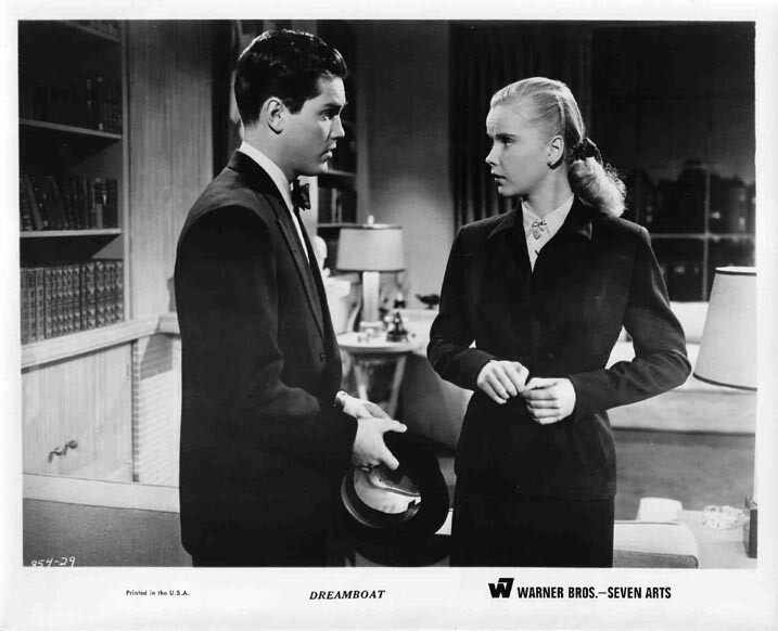 """Jeffrey Hunter with Anne Francis in """"Dreamboat"""""""