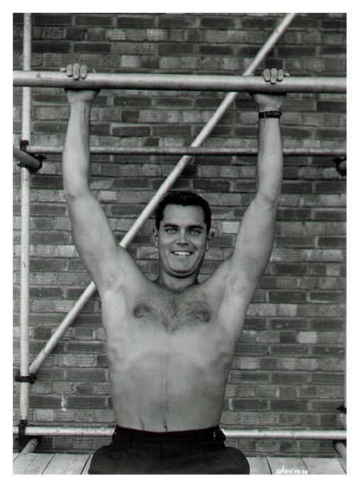 Swimsuit Photos – A Tribute to Jeffrey Hunter
